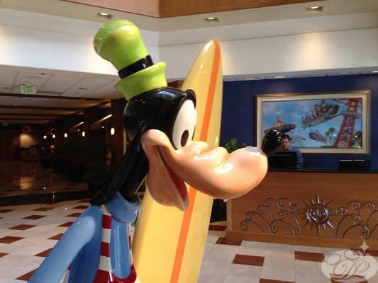 Goofy greeting us in the lobby helped reinforce that the Paradise Pier hotel is a Disney hotel
