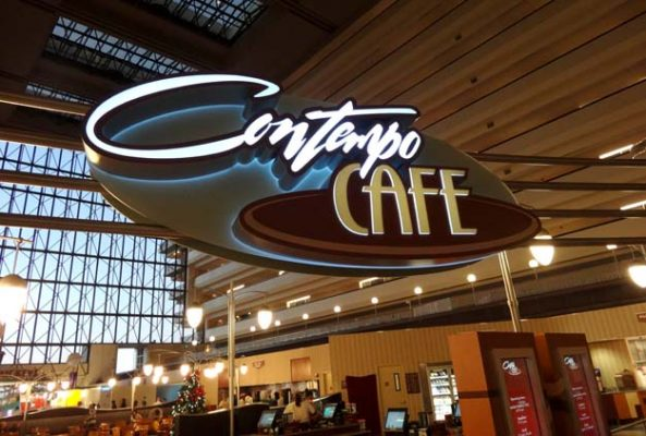 Quick-Service at Contempo Cafe at the Contemporary hotel